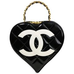 Chanel Black Patent Quilted Leather Heart-Shaped Vanity Chain Handbag