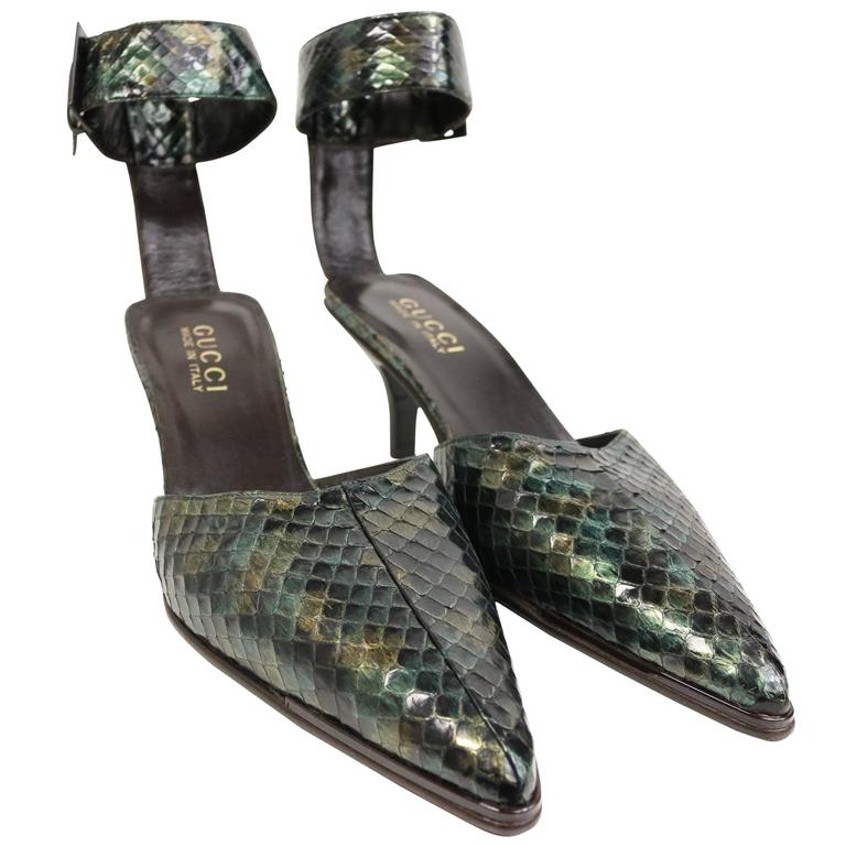 Gucci by Tom Ford Green Python Snakeskin Slingback Pumps For Sale