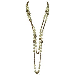 Chanel Vintage 1980s Classic Pearl and Crystal Sautoir Necklace