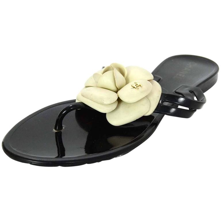 Chanel Black And White Camellia Thong Sandals Sz 38 For