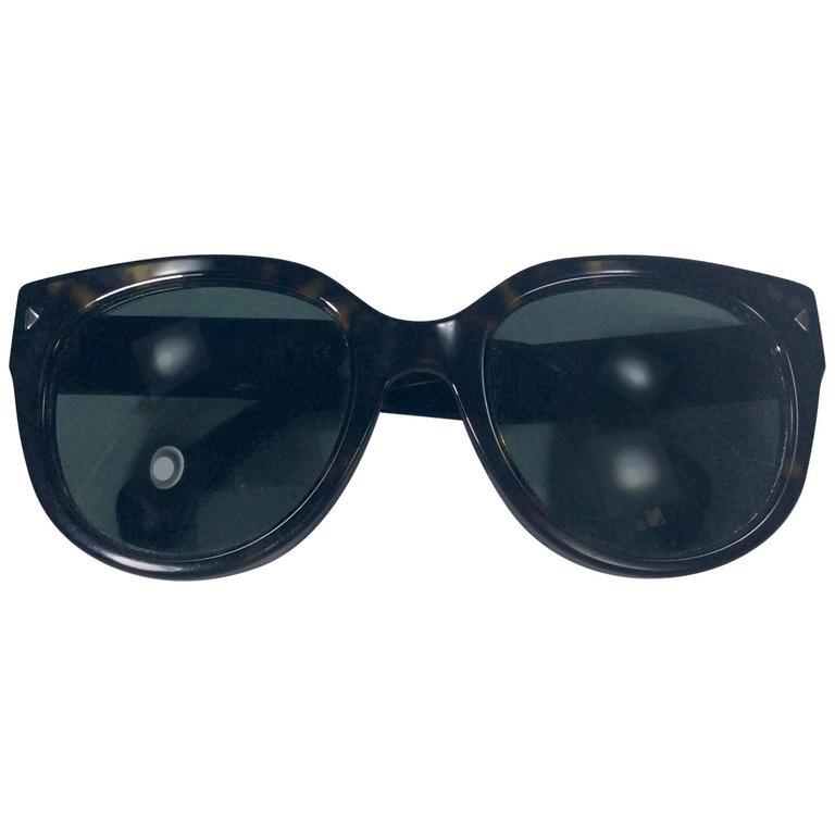 4c30f1bb3c ... shopping prada black tortoise cat eye sunglass for sale 2eaa8 d1ea7