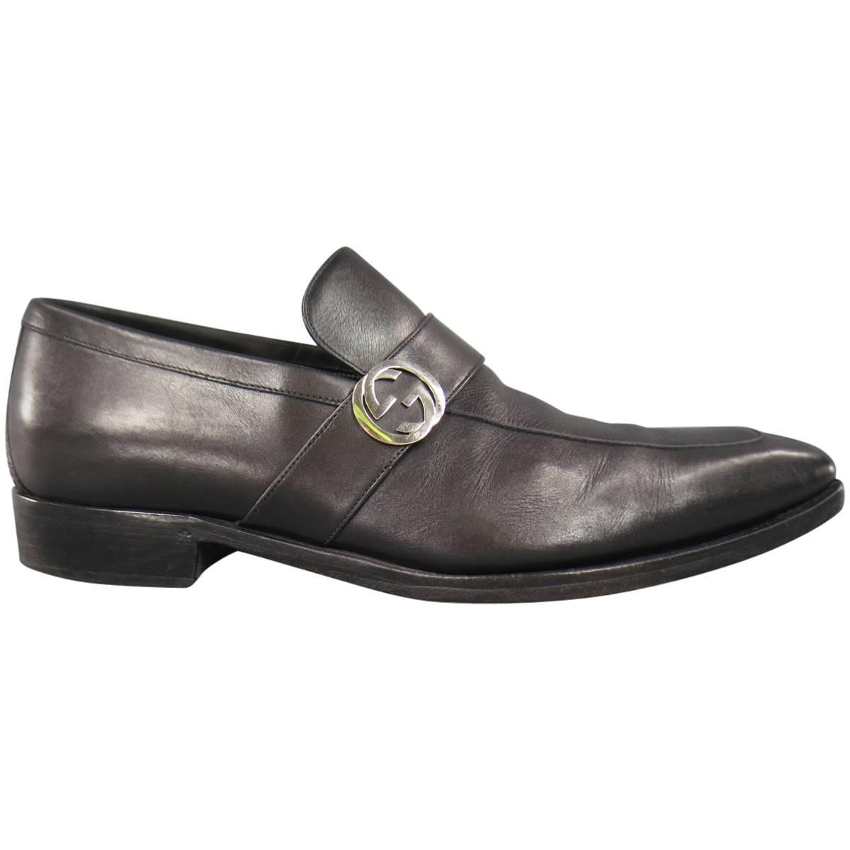 Menu0026#39;s GUCCI Size 9 Black Leather Silver GG logo Slip On ...