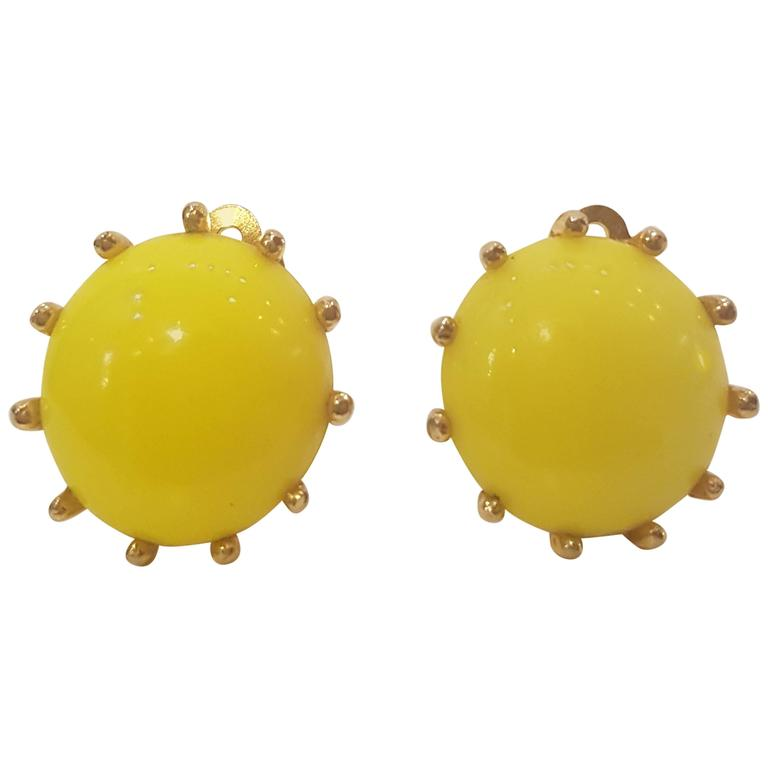 1980s Elsa Schiaparelli yellow clip-on earrings For Sale