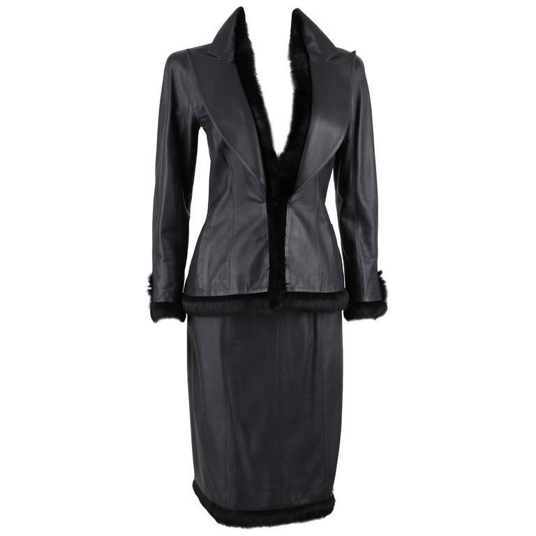 CHANEL 2 Pc Black Lambskin Leather Fur Trim Blazer Skirt Suit Set SZ 38 / 40 02A For Sale