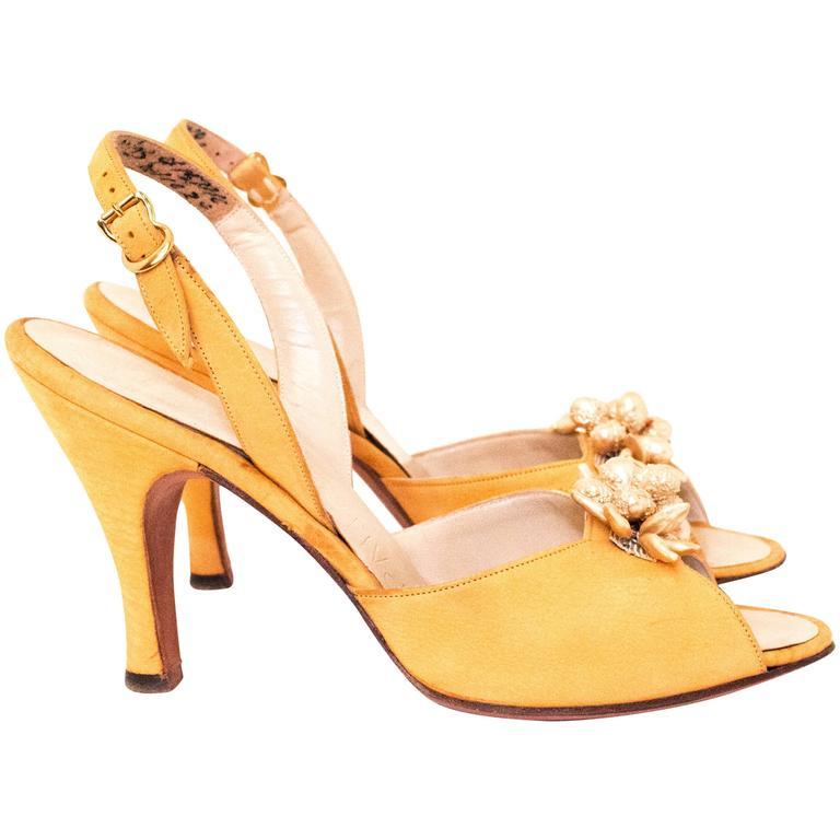 50s Mustard Yellow Heel with Pearl Embellishments