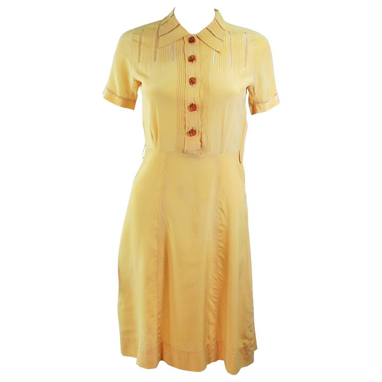 Vintage 1940's Yellow Silk Dress with Lace Inserts Size 2 For Sale