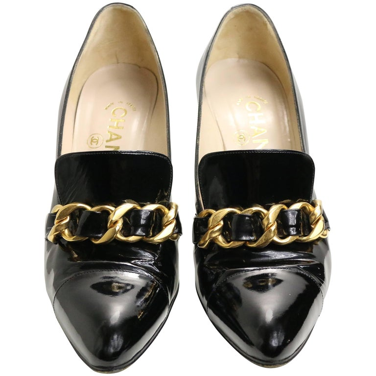 90s Chanel Black Patent Leather Shoes with Gold Braided Pointed Heels  For Sale