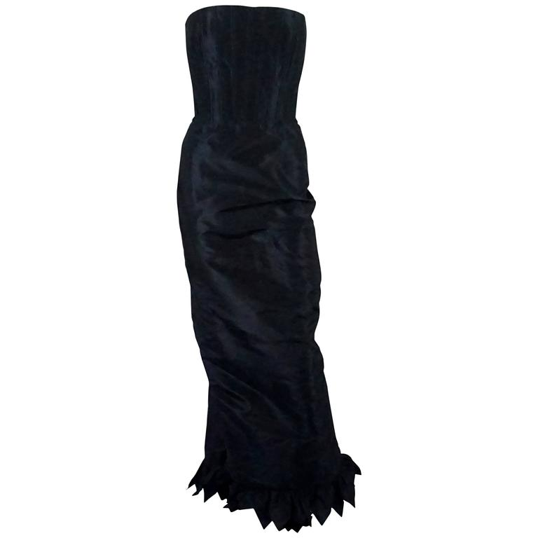 Oscar de la Renta Navy Silk Taffeta Strapless Gown - 10