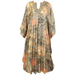 Vintage Lucie Ann 1970s Gold and Peach Metallic 70s Caftan