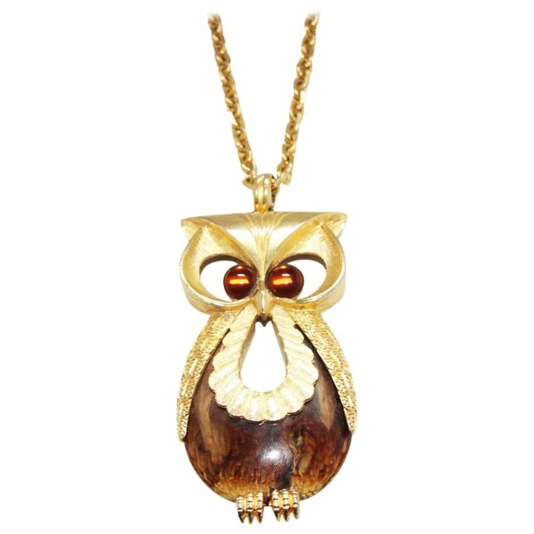 Great owl necklace of the 70s 1
