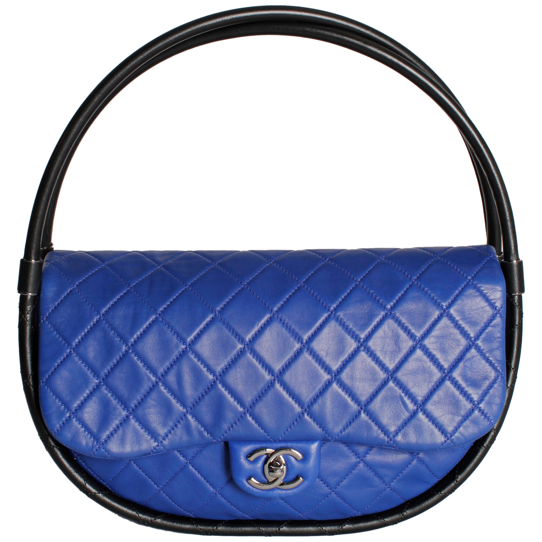 5b37fb3cbf38 Chanel Hula Hoop Medium Bag Limited Edition - cobalt blue/black at 1stdibs