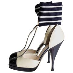 Chanel T Strap Ankle Cuff Pumps - dark navy blue/champagne patent leather