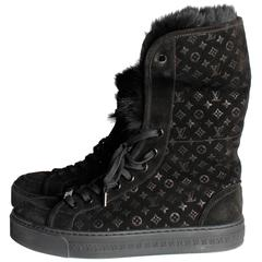 Louis Vuitton Rabbit Fur Sneakers - black