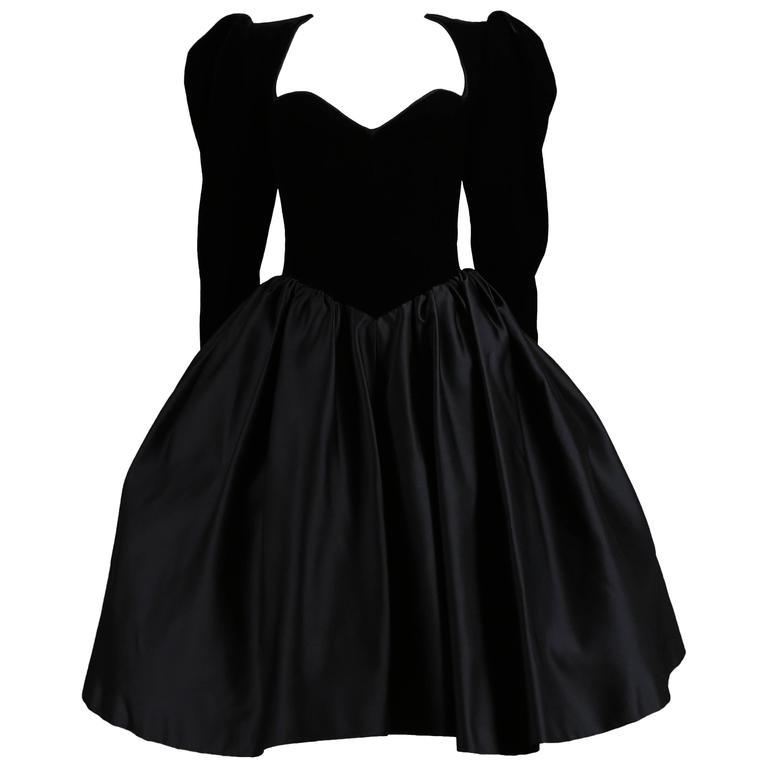 Yves Saint Laurent Haute Couture black velvet cocktail dress, circa 1981 For Sale