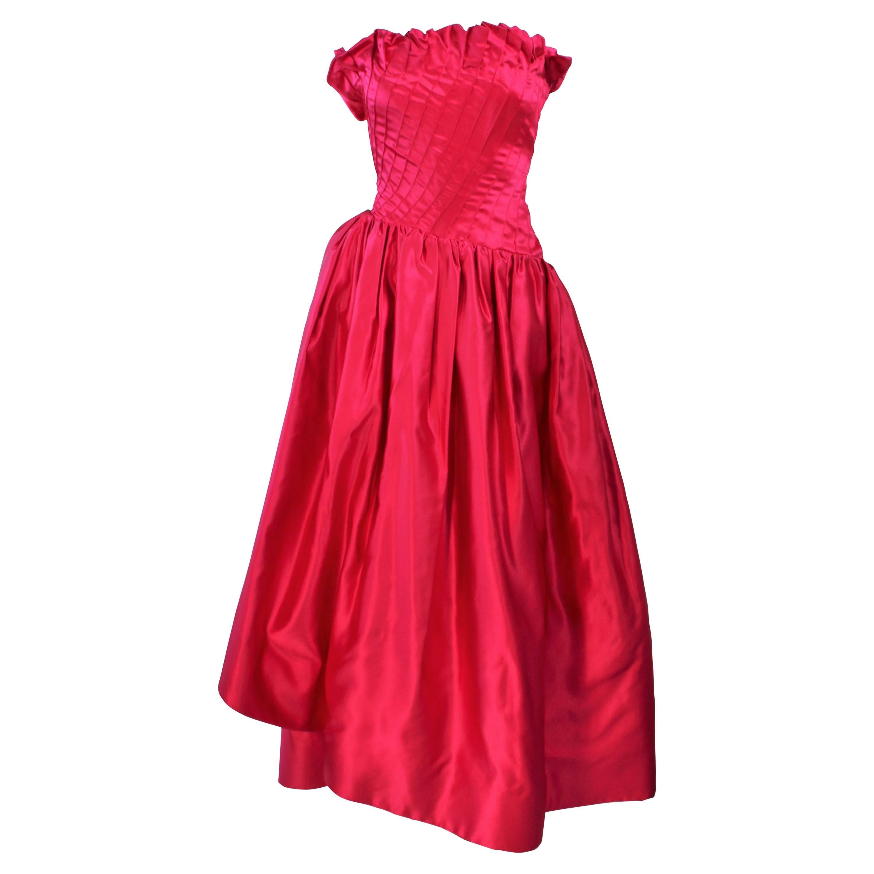 43dff4a0e91 JILL RICHARDS Red Strapless Jersey and Taffeta Dress with Black Crinoline  1980 s For Sale at 1stdibs