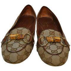Gucci Brown Monogram Loafer Bamboo chain collection