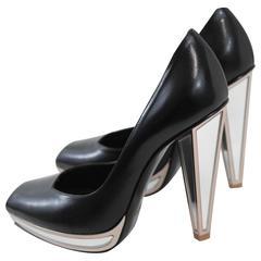 Amazing Yves Saint Laurent Mirror Shoes. Size 4,5