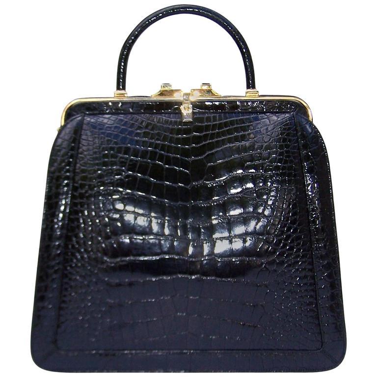 1990's Judith Leiber Black Alligator Handbag With Optional Shoulder Strap