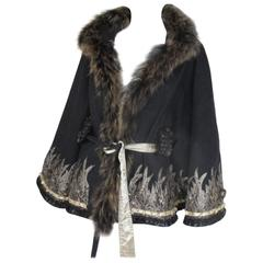 embroidered trendy belted cape with fox fur collar