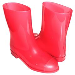 CHANEL Glossy Pink Rubber Rain Boots