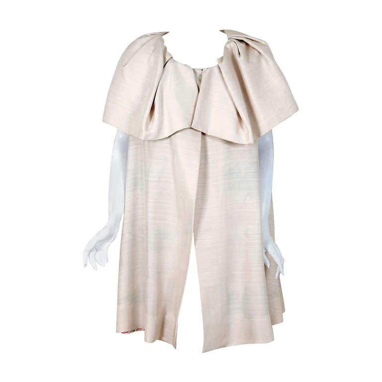 1965 Arnold Scaasi Couture Creme Silk Portrait-Collar Cape Jacket For Sale