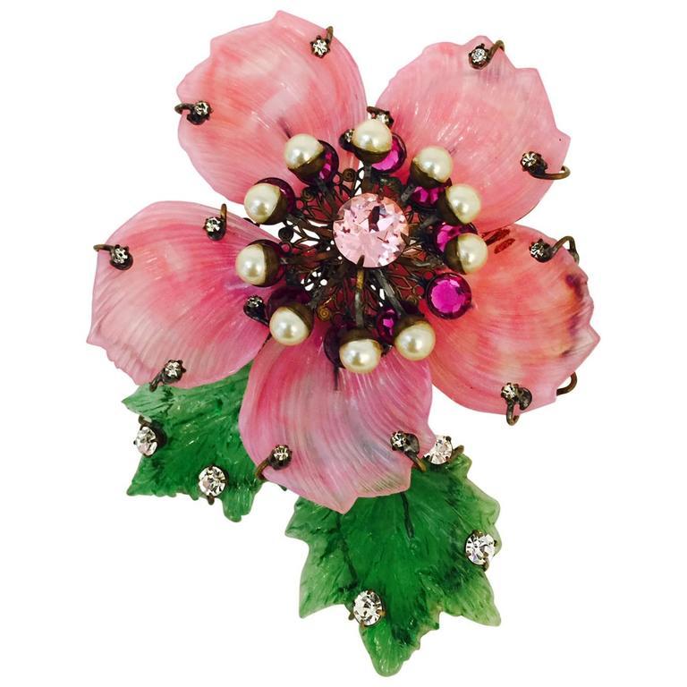 Vintage Lawrence Vrba Huge Resin Flower Brooch 1