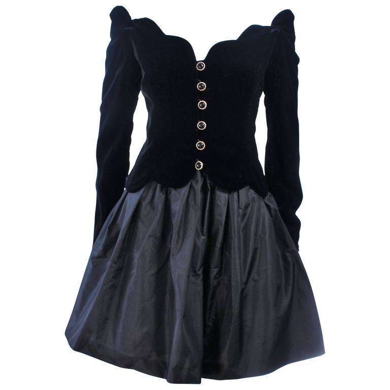 BELVILLE SASSON Velvet Skirt Evening Ensemble Off Shoulder Scallop Size 10 1