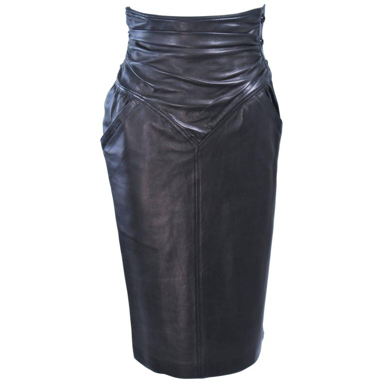 UNGARO Black Leather Gathered High Waist Skirt Size 2 4