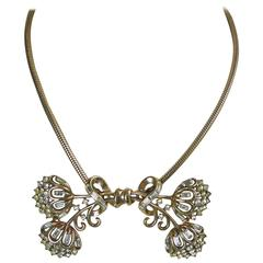 Vintage 1940s Trifari Bow Rhinestone Necklace