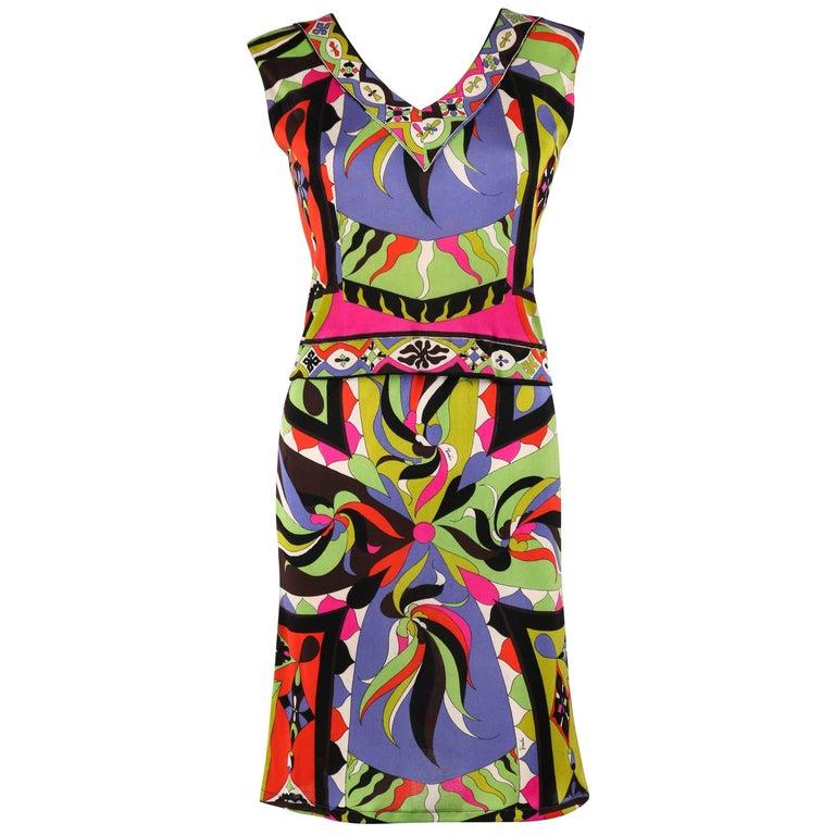 EMILIO PUCCI 1960s 2pc Multicolor Signature Print Silk V-neck Top Skirt Dress For Sale