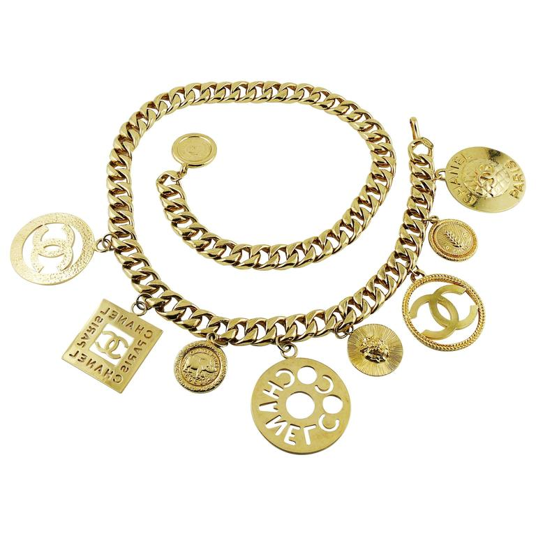 Chanel Vintage 1990s Chunky Gold Toned Chain Belt/Necklace with Charms