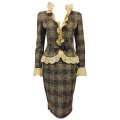 Valentino Earth Tone Wool Plaid Tweed Skirt Suit With Luxurious Lace Trim