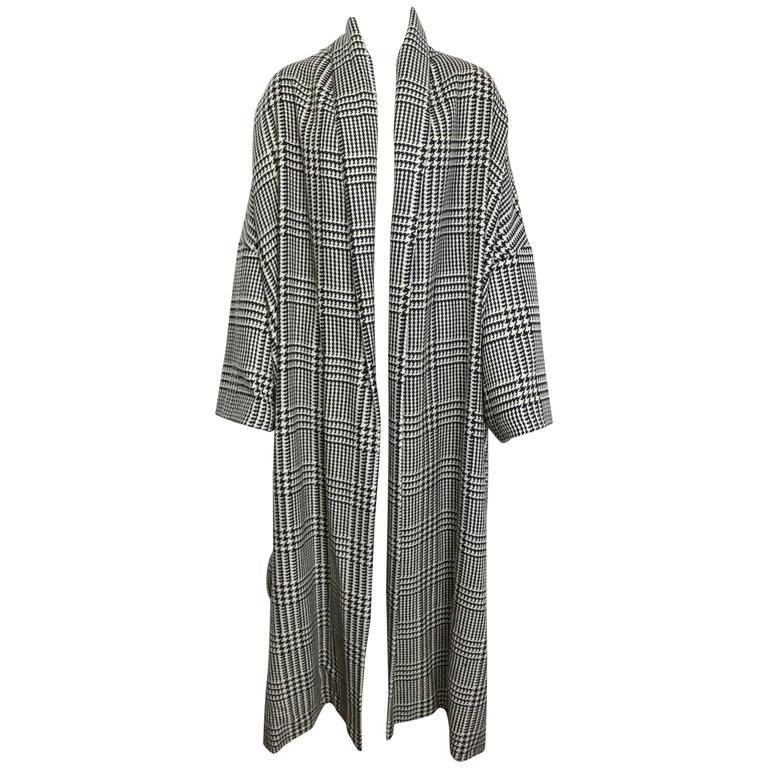 Vintage 90s Iknos Black and White Houndstooth Oversized Long Wool Coat 1