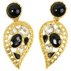 80s Black/Diamond Rhinestones Gold Toned Drop Heart Shaped Clip-On Earrings