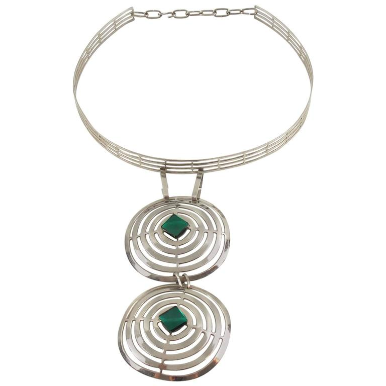 Mid Century Space Age Chrome & Green Cabochon Dog Collar Necklace 1