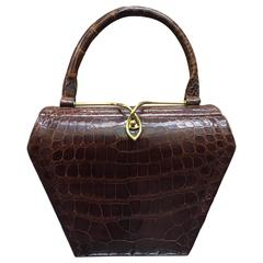 1950s Koret Brown Alligator Structured Handbag w Gold-Tone Clasp