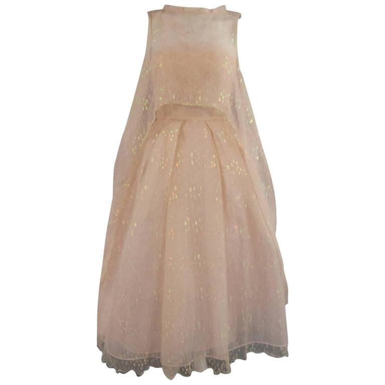 MONIQUE LHUILLIER Size 4 Pink Iridescent Lace Strapless Two Piece Cape Dress For Sale