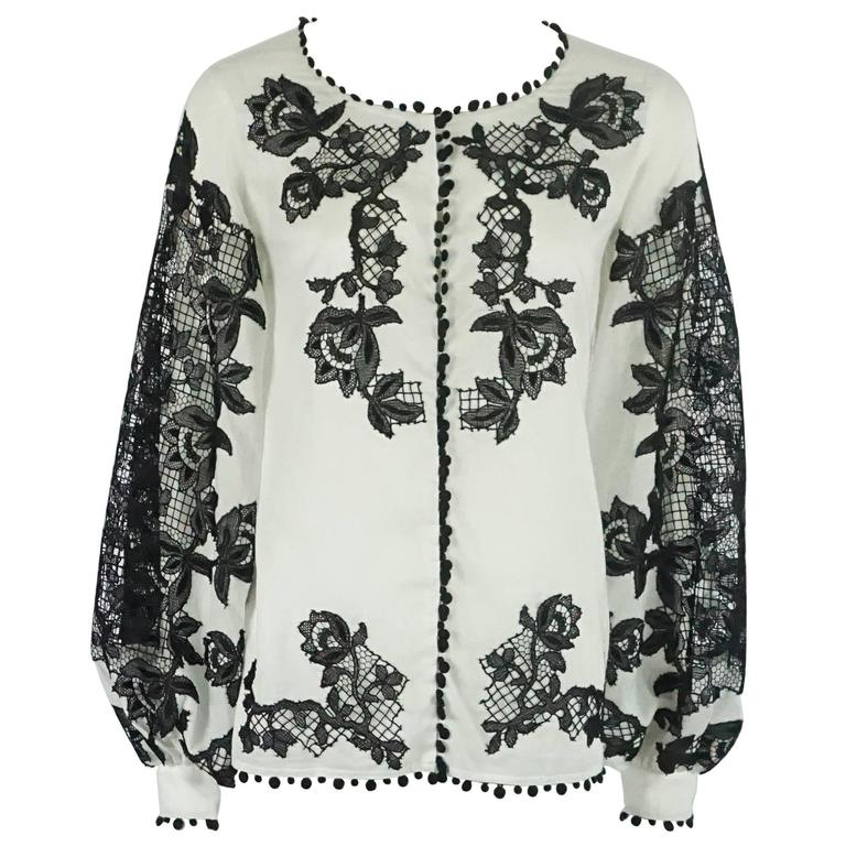 Oscar de la Renta White Cotton Peasant Top with Black Lace Detail - 2 1