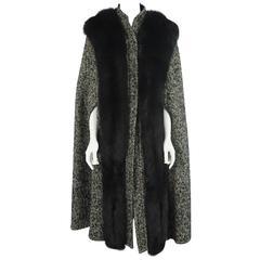Bob Mackie Grey & White Herringbone Wool Tweed Cape w/ Black Fox Trim-10