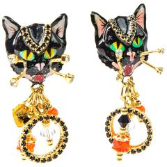 Distinctive Lunch at the Ritz Signed Halloween Cat Earrings