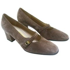 Salvatore Ferragamo Mocha Brown Suede Pumps New in Box