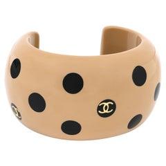 CHANEL Autumn 2000 CC Emblem Wide Tan Camel Black Polka Dot Resin Cuff Bracelet