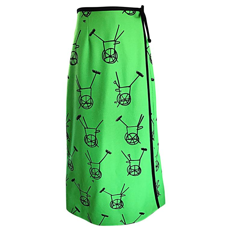 1970s VESTED GENTRESS Kelly Green Novelty ' Wheelbarrow ' Vintage Maxi Skirt  For Sale