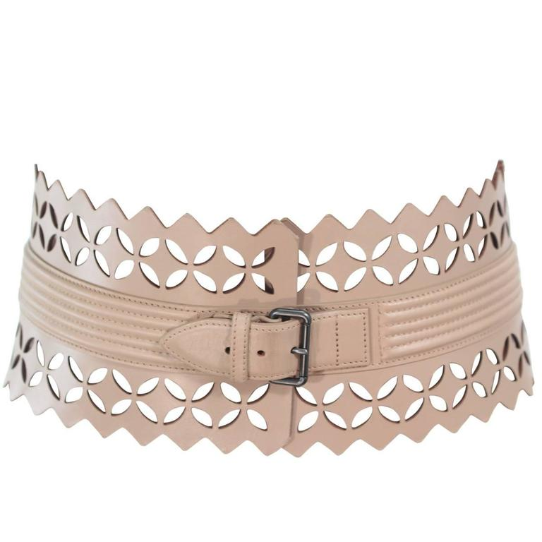 f78adb080b380 ALAIA Nude Wide Leather Laser Cut Belt Size Large For Sale at 1stdibs