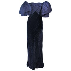 JACQUELINE DE RIBES Gown Navy Bias Velvet and Pleated Bodice Size 6 8