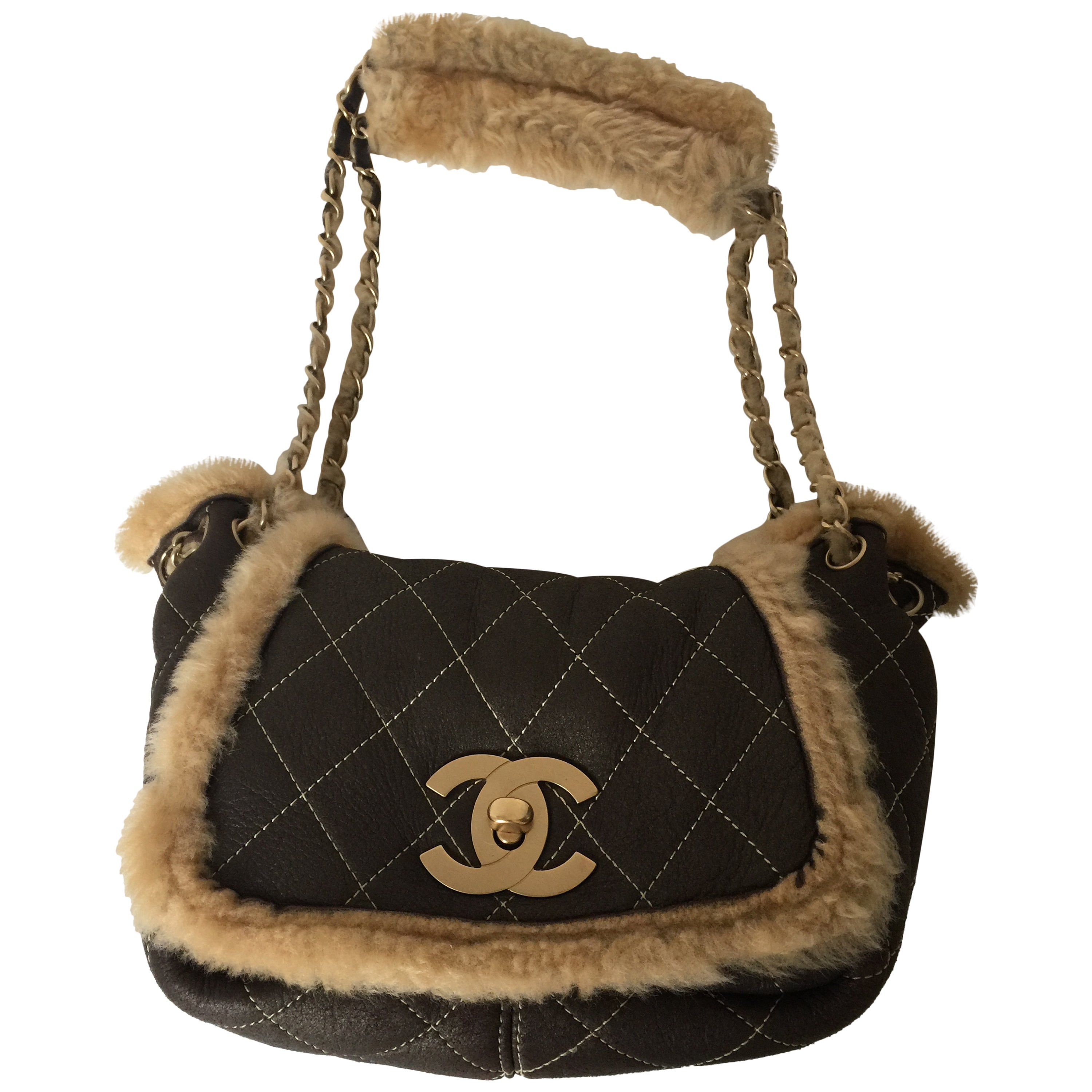 8173d4526ce48e Rare and Chic Chanel Brown Quilted Suede and Shearling Flap Bag For Sale at  1stdibs