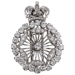 BOUCHERON 1940's Paris Diamond Platinum Circle Crown Brooch Fur Clip Pin