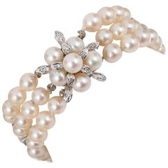 CULTURED PEARL c.1950's 6MM 14KT White Gold Triple Strand Floral Bracelet