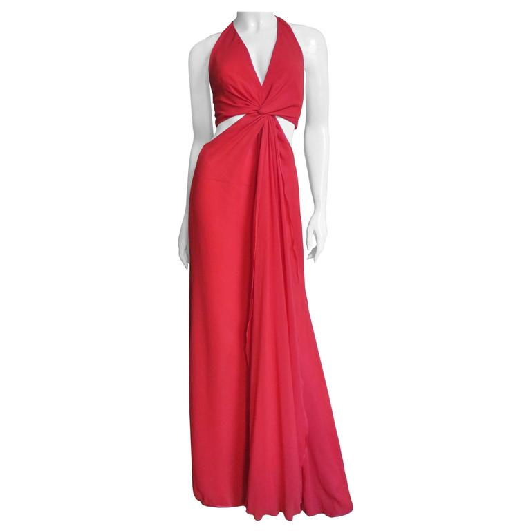 Fabulous Valentino Plunge Gown With Cutout Waist