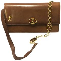 70's vintage Roberta di Camerino brown genuine leather purse with R cham chains.